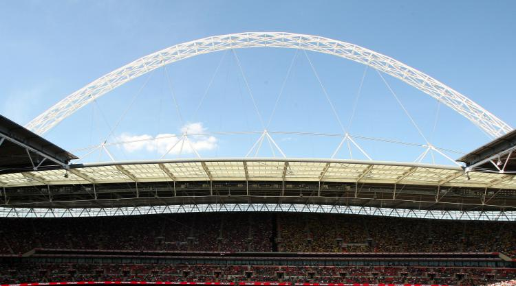 Reading V Arsenal at Wembley Stadium : LIVE
