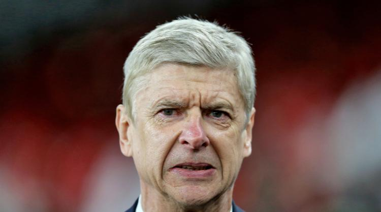 Arsene Wenger wary of 3G pitch ahead of Sutton FA Cup tie