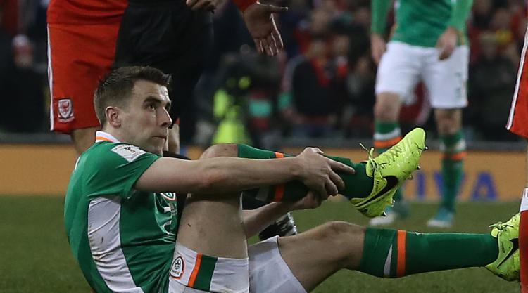 Martin O'Neill: Seamus Coleman has had successful surgery on broken leg