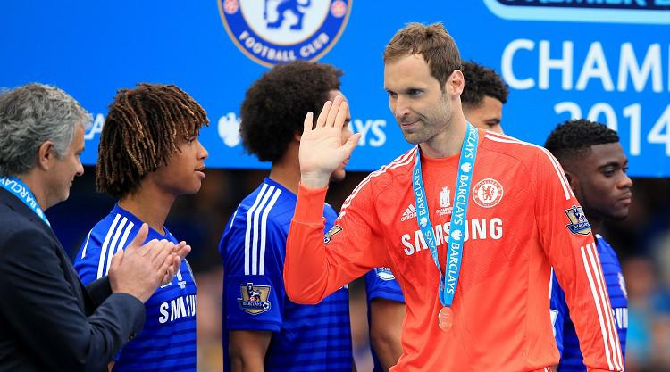 Mourinho supported Cech move