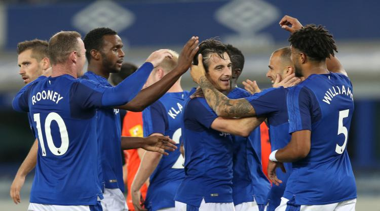 Leighton Baines gives Everton a slender lead in Europa League tie