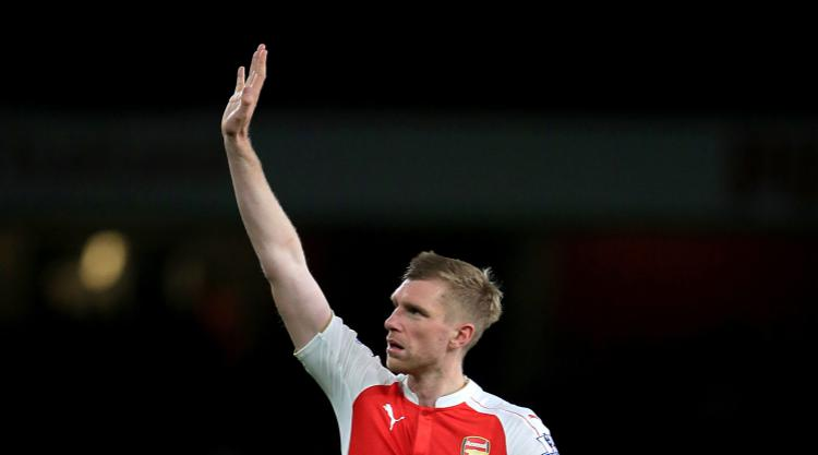 Arsenal on the hunt for defender after long-term injury to Per Mertesacker