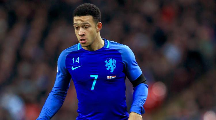 Memphis Depay urges managerless Holland to stay positive despite Italy defeat