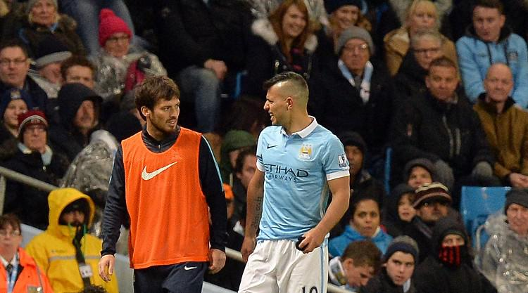Manchester City beat Southampton to go top, but Sergio Aguero limps off