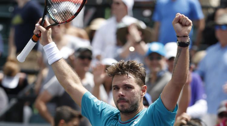 Stan Wawrinka cruises through in Miami Open