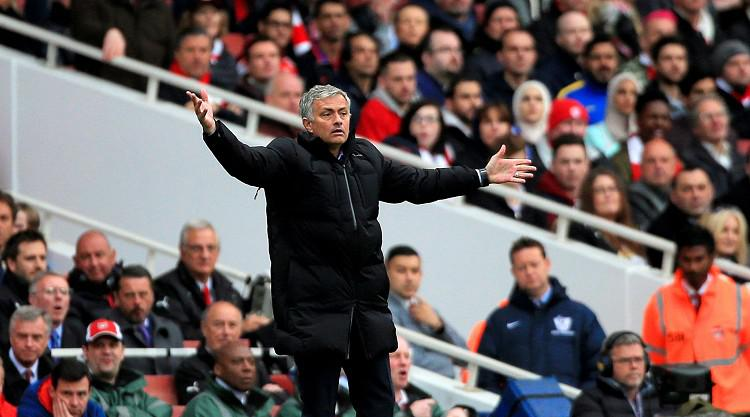 Mourinho expects Foxes to stay up