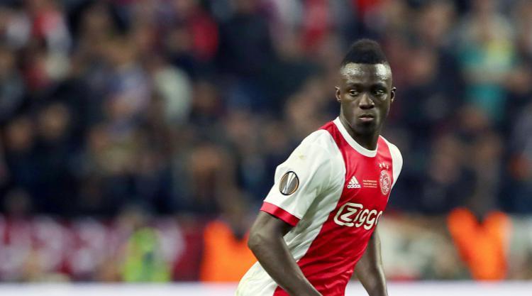 Tottenham make move for Ajax's Davinson Sanchez