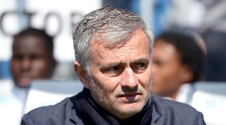 Chelsea V Man Utd at Stamford Bridge : LIVE