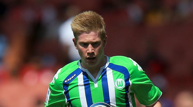 Vincent Kompany would welcome Kevin De Bruyne at Manchester City