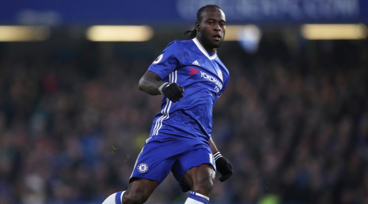 Chelsea wing-back Victor Moses signs contract extension until 2021