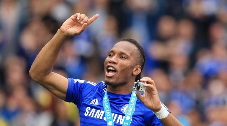 Drogba: Cech should stay at Chelsea