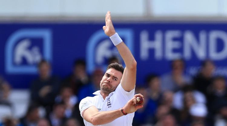 Injury worry for England as James Anderson limps out of Roses clash