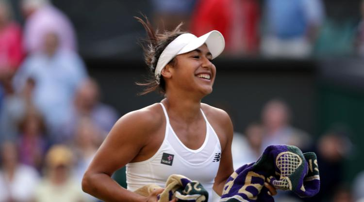 Heather Watson advances but Naomi Broady falls in French Open qualifiers