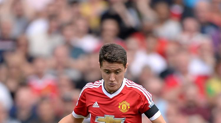 Man Utd manager Louis van Gaal could play Ander Herrera in the number 10 role