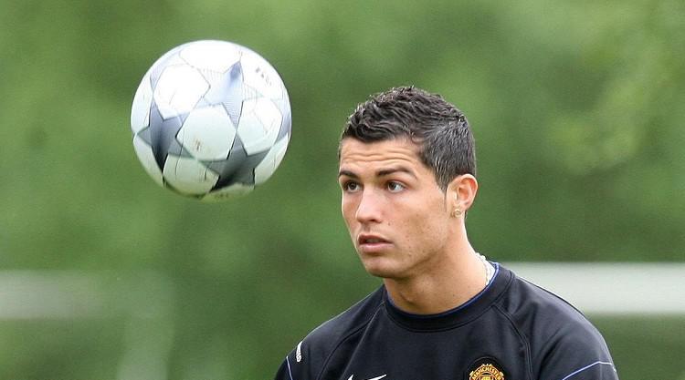 Van Gaal admires Real deal Ronaldo