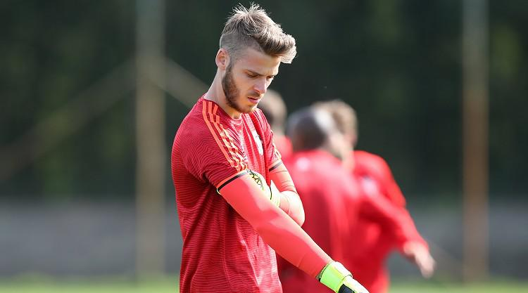 Manchester United include David De Gea in Champions League plans