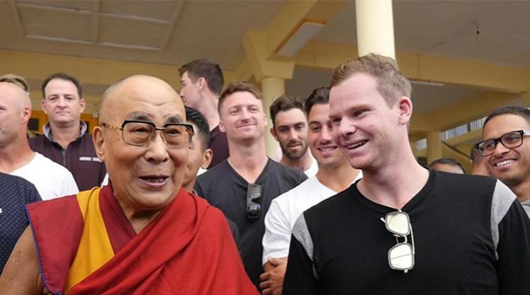 Australia's cricketers meet Dalai Lama ahead of India decider in Dharamsala