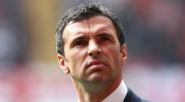 Gary Speed remembered as Wales plan for France