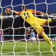 Valencia 'Close' to Signing Crystal Palace Goalkeeper Vicente Guaita